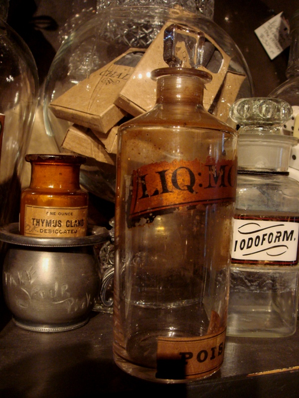 original 19th century morphine poison bottle